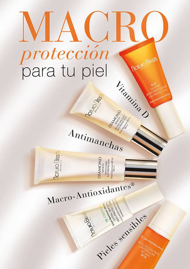 Diamond White Oil-Free Brilliant Sun Protection Broad Spectrum SPF50 PA